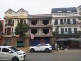 Gia đình có cho thuê nhà tại đối diện cổng chùa Phủ Liễn.